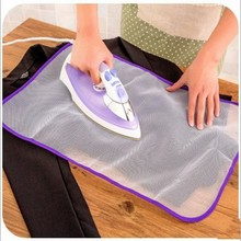 High Temperature Resistance Anti Scald Tabletop Mini Cloth Ironing Board