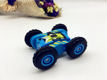 Newest 2.4GHZ RC 4 wheels RC Stunt Car toy with color light