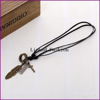 YiWu Factory unique men feder pendent genuine leather necklace