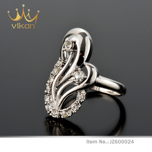 Stylish couple women rings for engagement tanishq