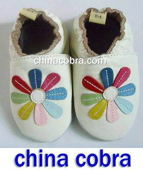 2012 high quality new genuine cow leather soft sole baby infant shoes
