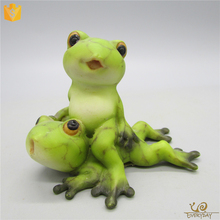 ED9438A Wholesale Frog Sculpture, Lovely Frog Garden Statues, Mini Resin Frog Figurine