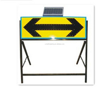 High brightness Solar LED Arrow Illuminated warning road sign