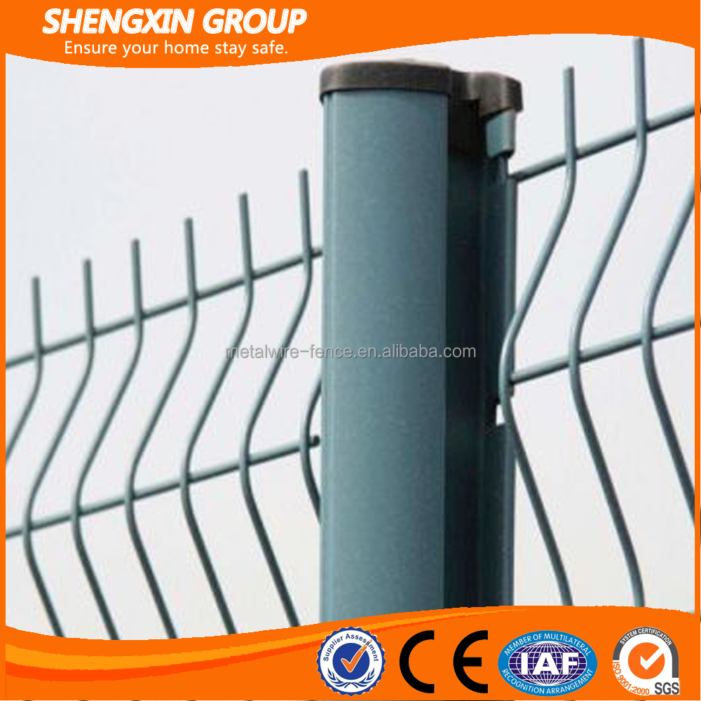 Golden supplier PVC Coated cyclone wire mesh fence