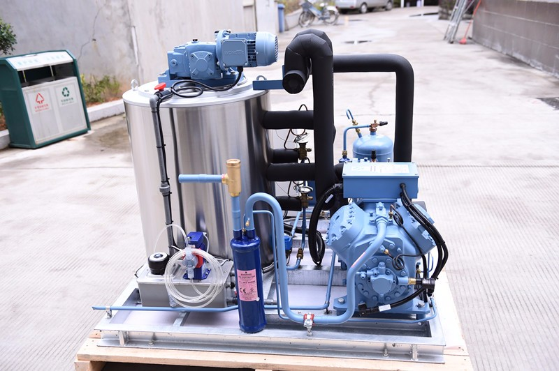 Freon System 3Tons Per Day Flake Ice Maker Machine Commercial Ice Machine