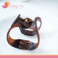 Goody Claw Clip Curved Pack of 2 Ladies brown Plastic Butterfly Style Hairpin Hair Claw Clip special style claws