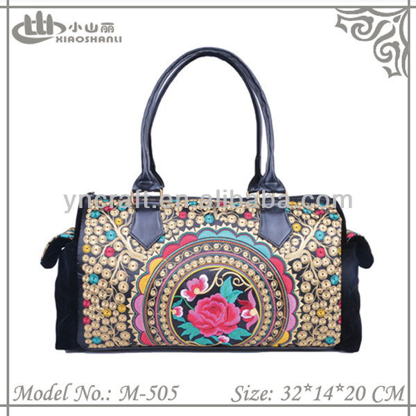 2015 fashion embroidered women's bag beautiful velvet handbag