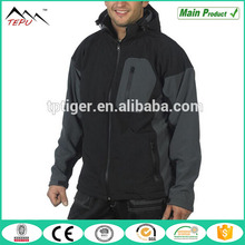 2017 New Design Hoodie Windproof Men Softshell Jacket