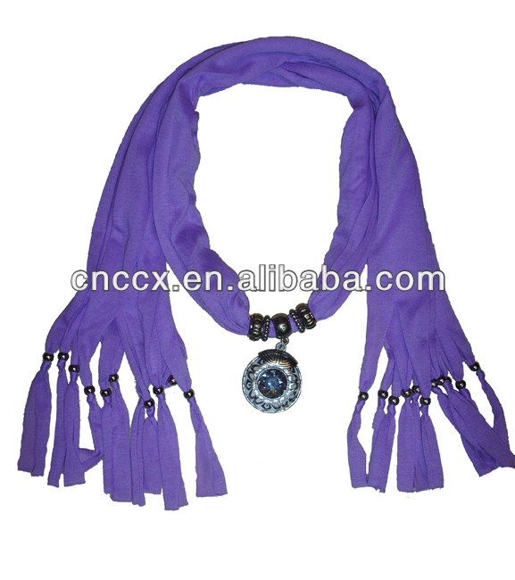 2014 china wholesale knitting scarf pendant scarves with jewelry