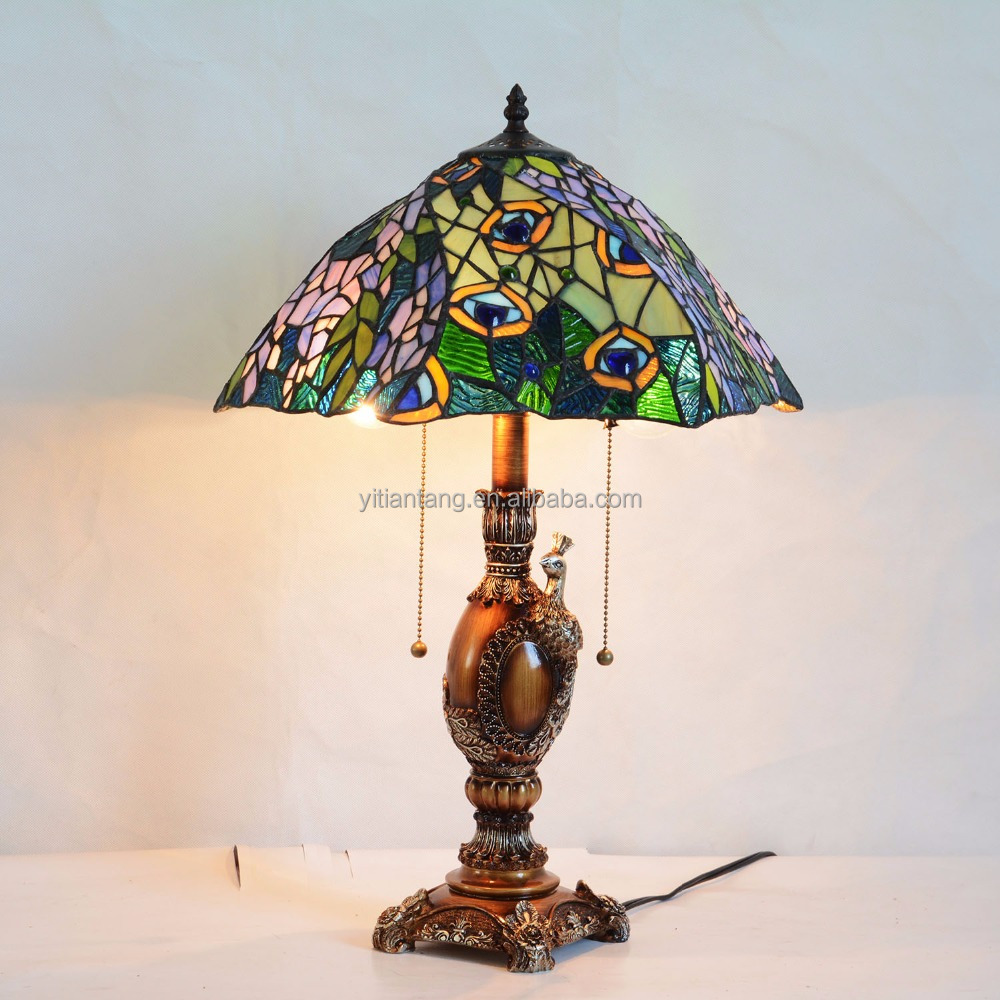 16 inch tiffany style peacock stained glass table lamp