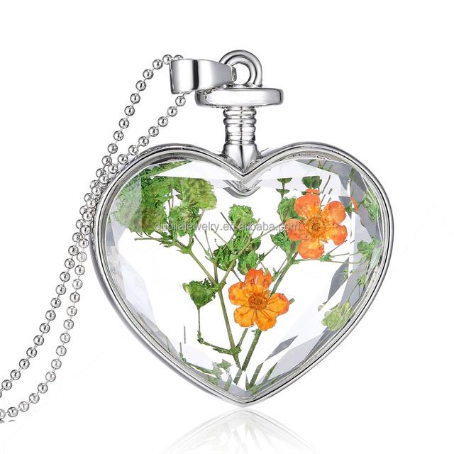 2016 Trendy Romantic Dried Flower Plant Crystal Heart Shape Glass Pendant Necklace Floating Locket Pendant Necklace