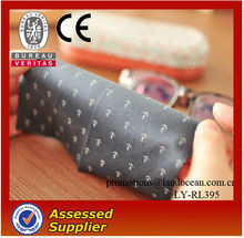Customized Grey Microfiber Eyeglasses Cleaning Cloths