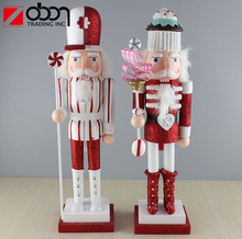 2018 wholesale christmas candy style wood nutcrackers soldier to paint
