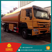 SINOTRUK HOWO water truck dump seal garbage trucks 25000kg GVW 14540kg Curb weight