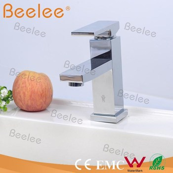 Chrome Plated Brass Sanitary Ware CUPC Basin Faucet