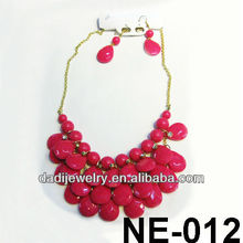 Pretty red resin chain link necklace China trend 2013 necklace fashion link necklace hot sale