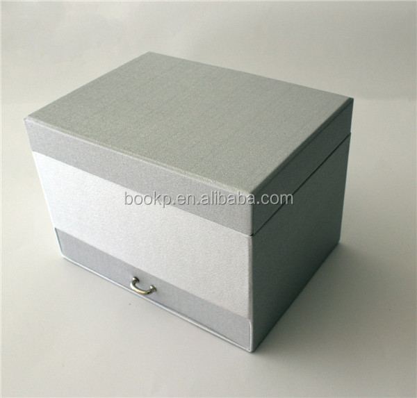 Customized Drawing Art Paper Packing Box Cardboard Gift Box