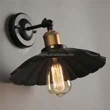 Antique up and down black warmwhite light outdoor wall mounted led light for home