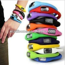 Fashionable pratical new thin silicon watch 2013