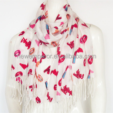 100% acrylic knit scarf with jacquard