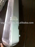 Waterproof lighting fixture IP65