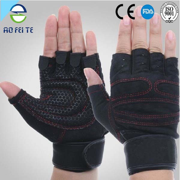 Specialized sports top glove weight lifting gloves