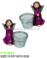 cartoon characters Ceramic pot with soil and seeds