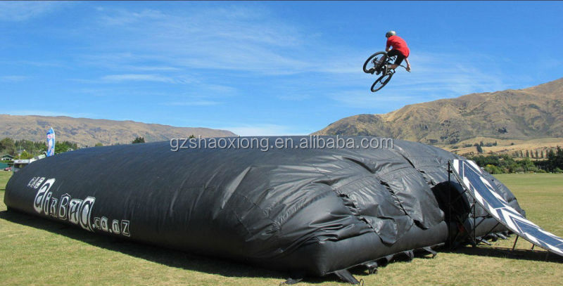 2016 newest commercial sport games equipment,giant professional inflatable jump air bag