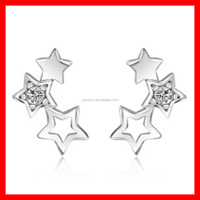 Fashionable Hollow Out Star Crystal Earrings In Silver Plated Newest Women Earring