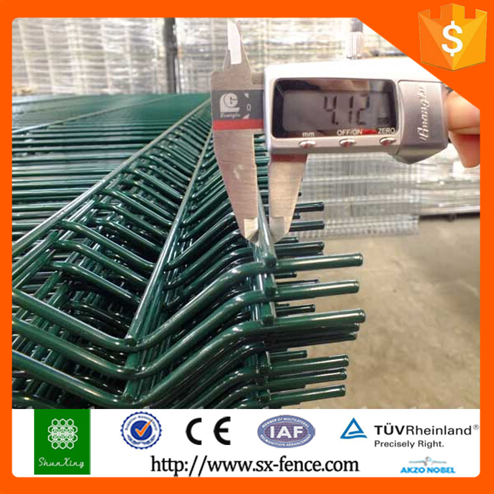 Anping Shunxing 3 folds welded wire mesh fence