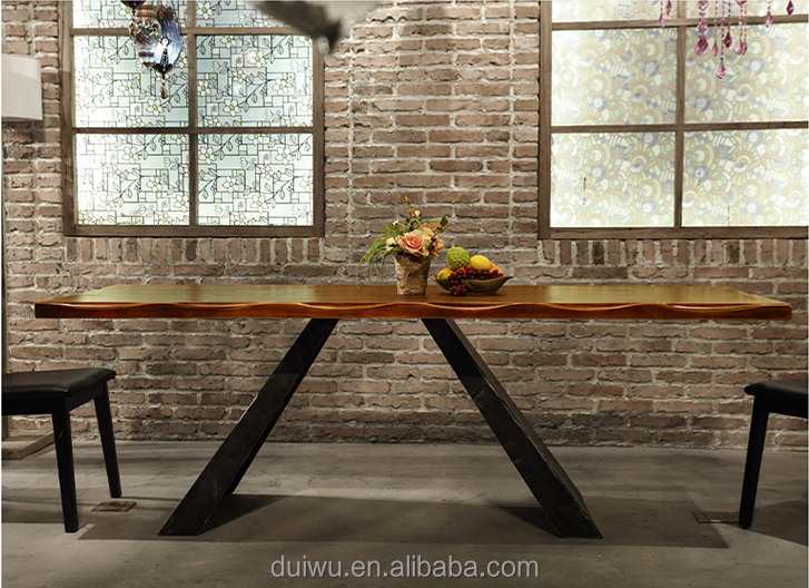 2017 New design vintage industrial style solid wood live edge dining table