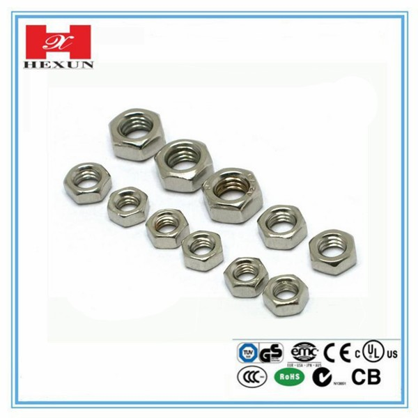 Zinc Plated Bolt Stud Hexagonal Screws Nuts