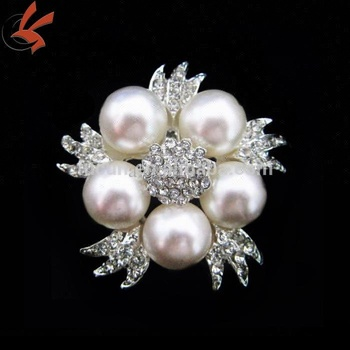 2018 fashion rhinestone pearl garment wedding decorative brooch