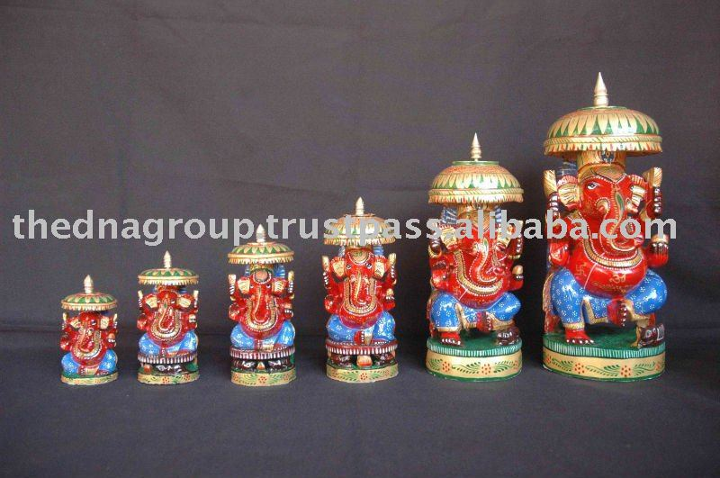 Wooden Decorative Sculpture Set Of 6 With Nice Painting