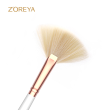Stock Wholesale Private Label White Luxury Small Fan <strong>Brush</strong>