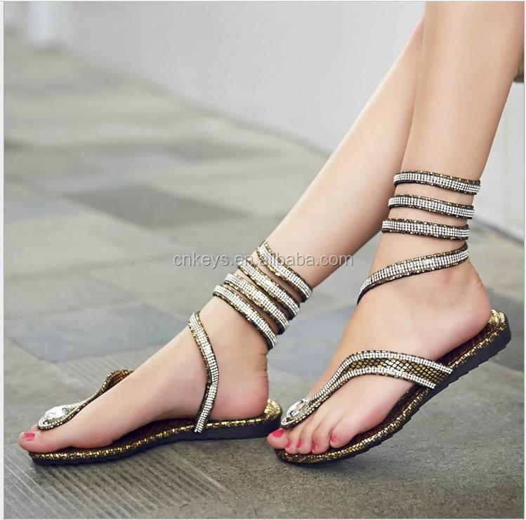 E0394A 2017 New manual European big snake winding bind diamond clip toe flat sandals