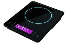 Induction cooktop with sensor touch