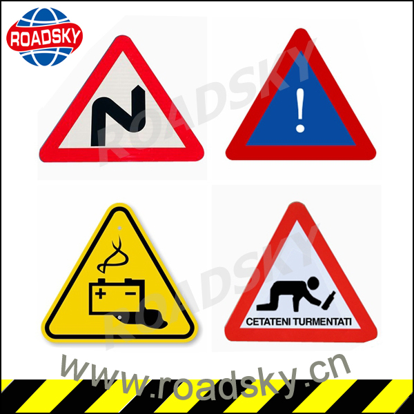 Reflective Triangle Red Aluminum Road Signs For Caution