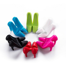 funny and pretty high-heeled shoes silicone mobile phone holder, hot phone accessory