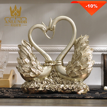 Resin Love Couple Swan Animal Figurine for Art and Craft Decoration