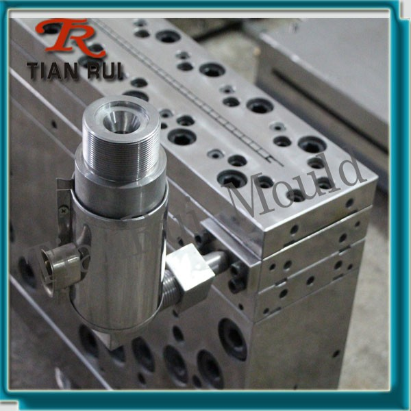 tianrui pvc wpc plastic extrusion mould providers for door