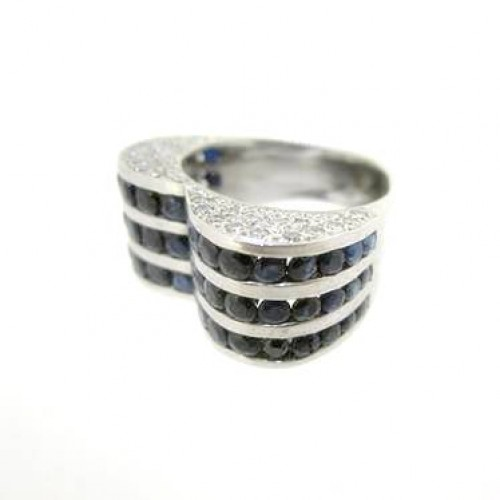 Diamond and Blue Sapphire Heart Ladies Ring