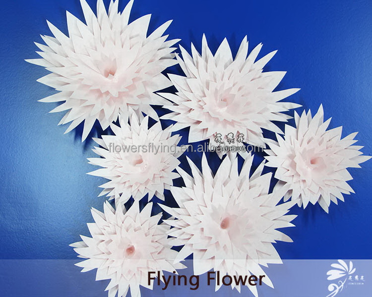 Made in Shanghai China hotsale paper flowers pom