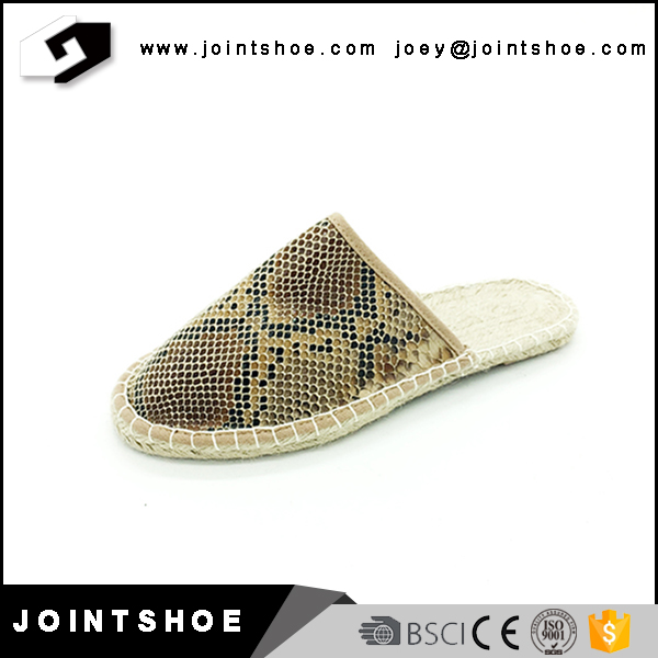 New design slip on women espadrilles canvas shoes for sale