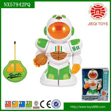 2015 Quality products 2CH remote control robot toys for kids with basketball and light without battery