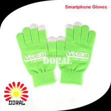 Wholesale Unisex fluorescence Green Color Magic Glove Winter Knit Soft Touch Screen Gloves Smartphone Gloves