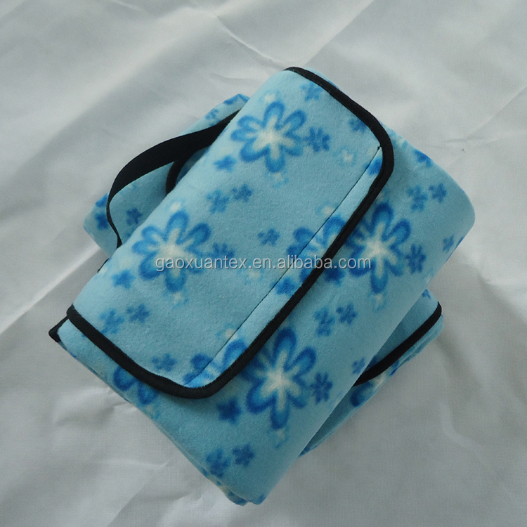 printed fleece bonded with waterproof polyester sandproof wet resistant picknick blanket