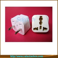 Hottest 250V high quality Universal square hole plugs to europe two round pin plug converter SE-UA9A