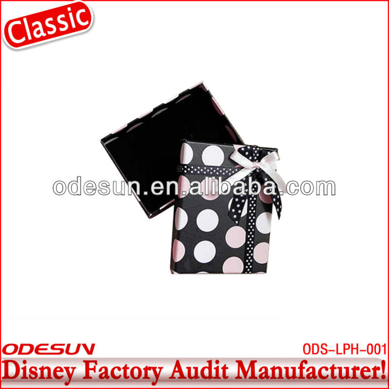 Disney factory audit manufacturer's promotional gift bags 144136