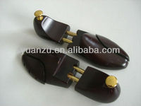 WOODEN SHOE TREES FOR GOLF SHOES